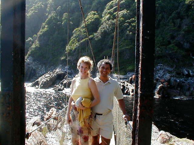 Worlds-longest-swinging-bridge